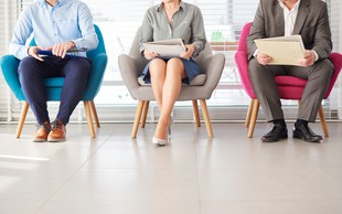 Pred napredovanjem v službi vas morda ovirajo napake v telesni govorici