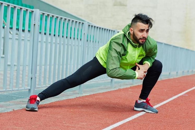 Pretirana uporaba Če se podate na dolge teke ali se udeležite ekstremne vadbe, boste krče verjetno občutili kasneje. Krivec je …