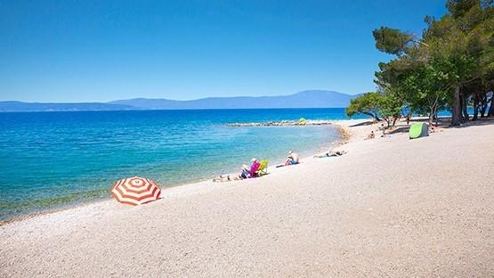Plaže so pozno jeseni bolj kot ne prazne in tako še posebej vabljive.