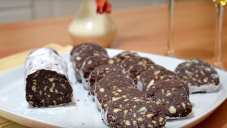 RECEPT: Čokoladna salama