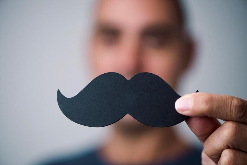 """November je čas za """"movember"""": kakšno je število obolelih z rakom na prostati pri nas?"""