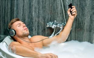 4 neprijetne navade, ki jih moški razvijejo, če dlje živijo sami