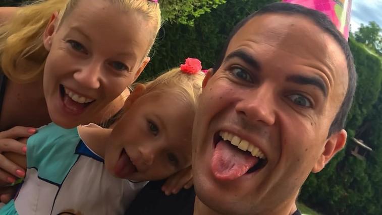 Tako prikupno družino ima naš skakalec Jernej Damjan! (foto: Facebook/Jernej Damjan)