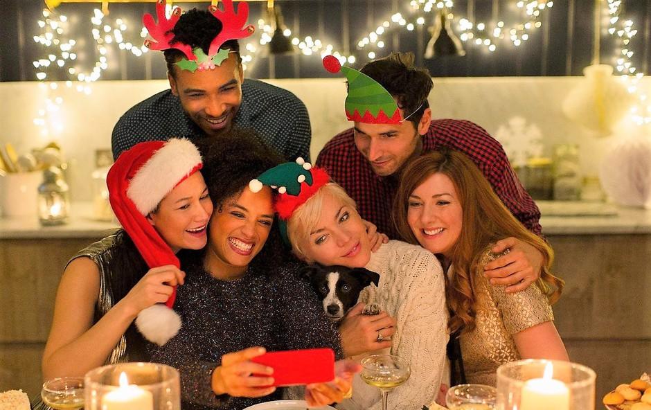 Kako decembra ohraniti zdrav življenjski stil, brez da bi bili prikrajšani za dobrote? (foto: Profimedia)