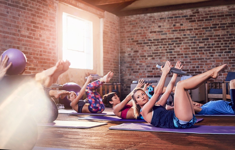Ker je popoln paket. Mnogi menijo, da pilates ni »prava športna aktivnost«, saj ne povzroča problemov vašim sklepom in se …