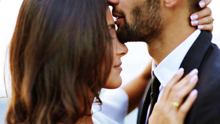 Obstaja 5 tipov intimnosti - prav vsak igra pomembno vlogo pri uspešnosti razmerja (in enega večina parov nikoli ne izkusi!) (foto: Unsplash/Mari Lezhava)