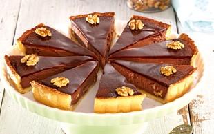 Pita s čokolado in orehi