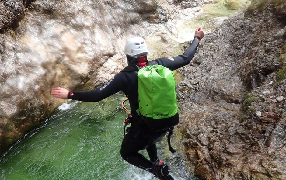 Ljubitelji adrenalina, to morate preizkusiti! (foto: Altitude activities)