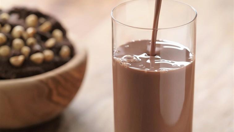 Zakaj bi morali po treningu piti čokoladno mleko? (foto: Profimedia)