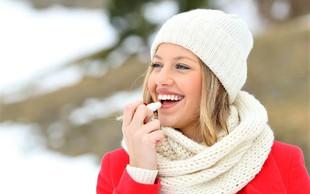 Imate razpokane ustnice? To lahko odpravite z živilom, ki ga imamo vsi doma!