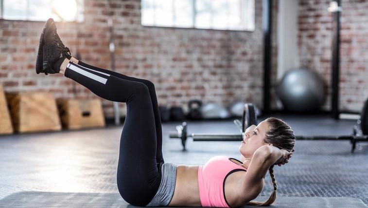 4 načini (poleg vadbe), ki učvrstijo trebušne mišice (foto: profimedia)