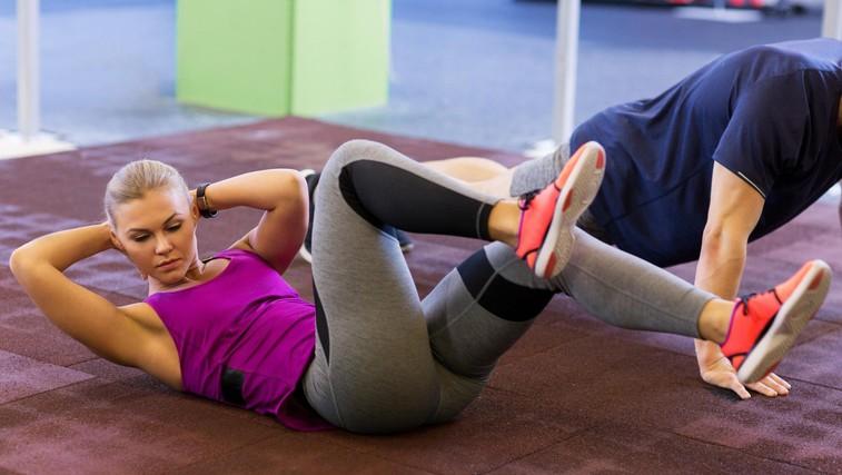 Izziv: 100 ponovitev za čvrste trebušne mišice (foto: Profimedia)