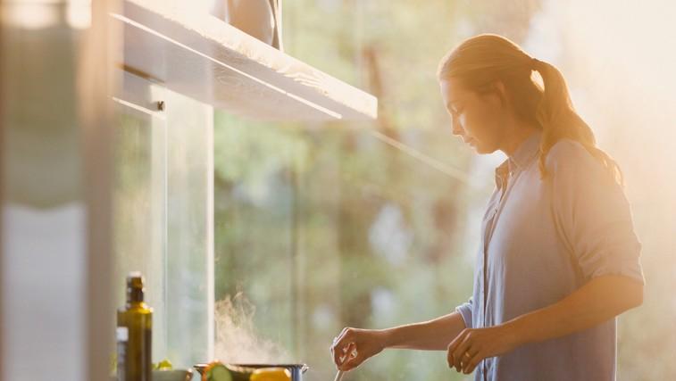 Skrivnosti ljudi, ki hrano vedno pripravijo doma (foto: profimedia)