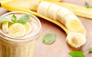 Bananin smuti za po treningu (z beljakovinami in zdravimi maščobami)