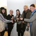 Vesela druščina: Ula Furlan, Jelena Vadnjal, Ana Marija Mitič, Nejc Simšič in Hannah Mancini (foto: Foto: Katja Kodba)