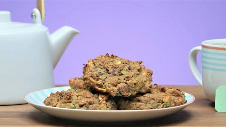 Beljakovinski piškoti za zajtrk: začnite dan tako, kot se spodobi! (foto: Youtube/Popsugar)
