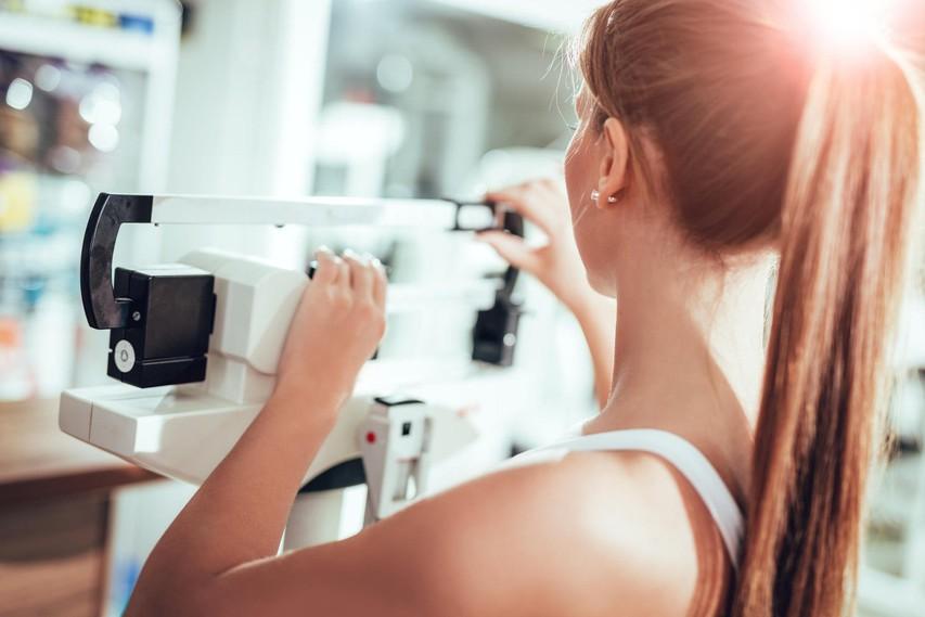 Telovadite, a še vedno ne morete izgubiti telesne teže? Naštevamo 7 razlogov, zakaj je tako