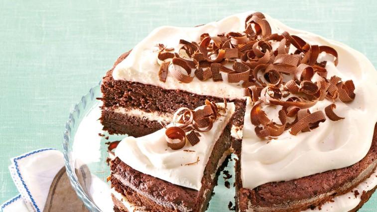 Čokoladna torta z rdečo peso (foto: Profimedia)