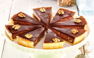 Čokoladna pita z orehi