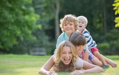Kako se z otrokom povezati na čustveni ravni?