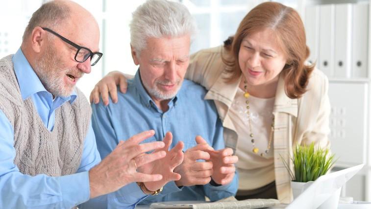 11. april - svetovni dan Parkinsonove bolezni (foto: Profimedia)
