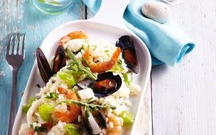 Recept, ki spomni na poletje: Rižota z morskimi sadeži