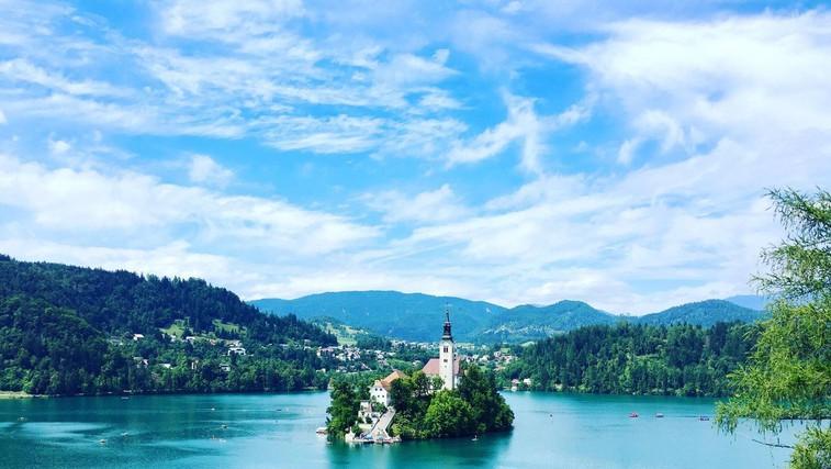 Obujte čevlje in si oprtajte nahrbtnik – Slovenija je raj za pohodništvo! (foto: Profimedia)