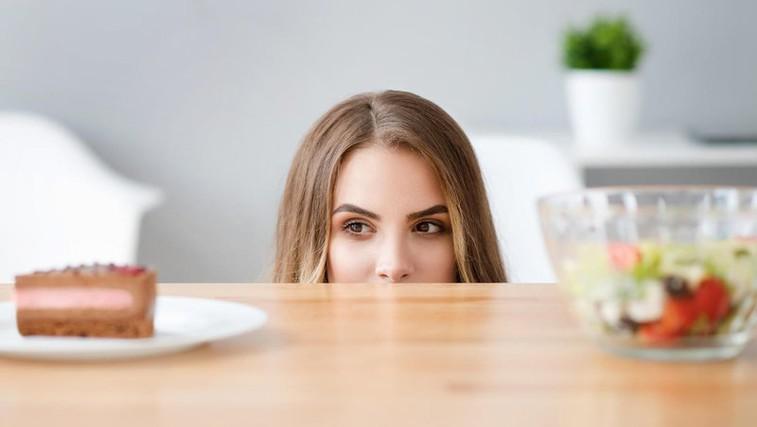 Kako premagati občutek krivde po nezdravi hrani? (foto: Profimedia)