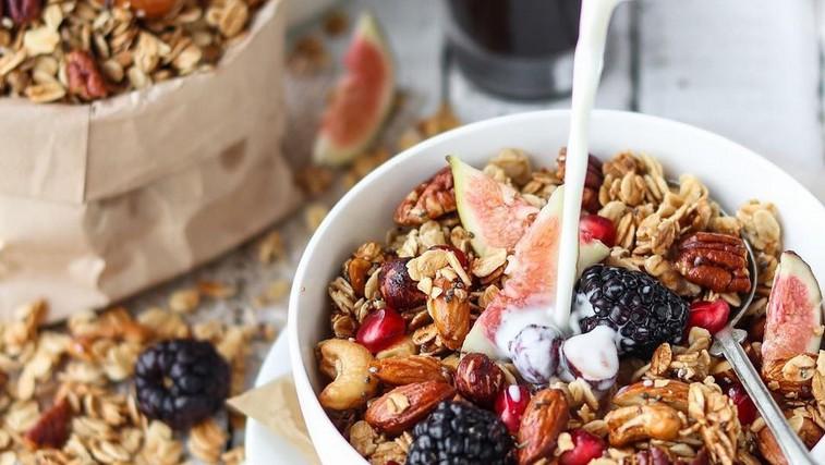 Recept za sladek vikend: Domača granola (foto: Profimedia)