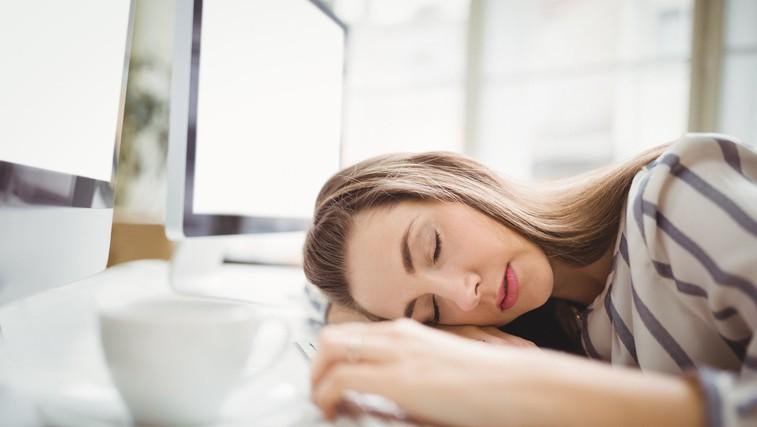Kakšne koristi prinaša popoldanski počitek? (foto: Profimedia)