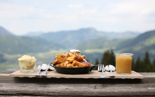 Degustacija avstrijskih dobrot med pohodom na Osojščico