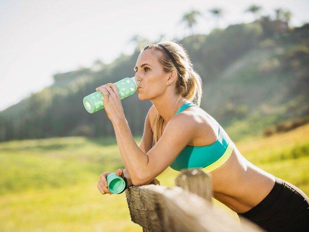 Pravilna prehrana je za tekače pomembna tako kot trening in počitek - Foto: profimedia