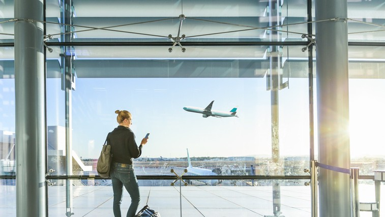 Kako na potovanjih ohraniti zdravo rutino? (foto: profimedia)