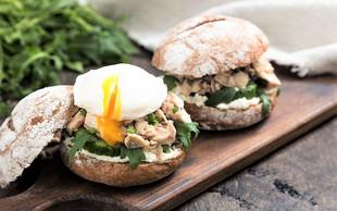 Toliko beljakovin bi morali pojesti že za zajtrk, če želite izgubiti kilograme!