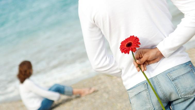 Romantične geste, ki  lahko dosežejo nasproten učinek (foto: Shutterstock)