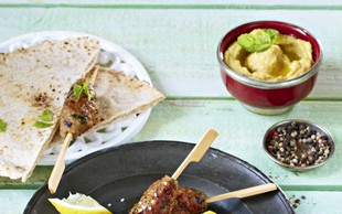 Orientalska nabodala s humusom