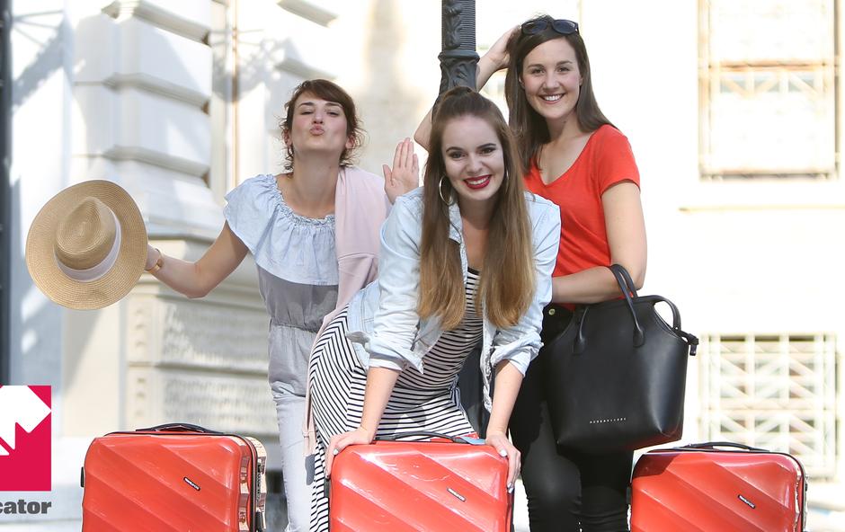 Kaj bodo v Podgorici in Sofiji to poletje počele Katja, Ajda in Kaja? (+Mercatorjevih 500 BREZPLAČNIH letalskih vozovnic) (foto: Helena Kermelj)