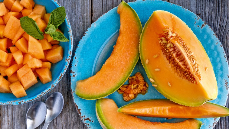 13 živil za zdravo življenje in posledično manjšo ritko ter ožji pas (foto: Shutterstock)
