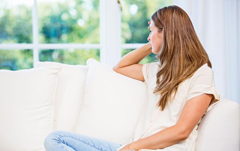 8 načinov, kako pomagati osebi  z znaki netipične depresije (foto: Shutterstock)