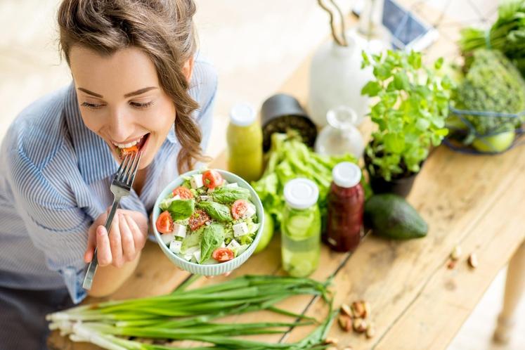 Vsaj k enemu obroku dodajte zelenjavo Sami s seboj naredite kompromis: k vsaj enemu večjemu obroku boste dodali veliko porcijo …