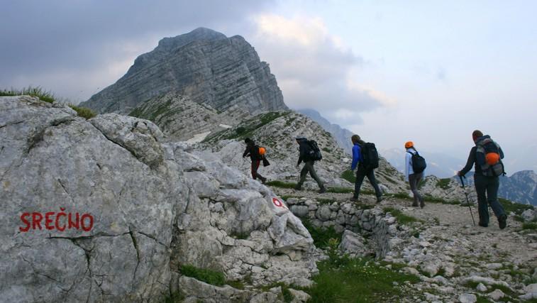 Kako ravnati, če nas v gorah ujame nevihta ali se izgubimo ter kaj vse sodi v nahrbtnik (foto: Manca Čujež)