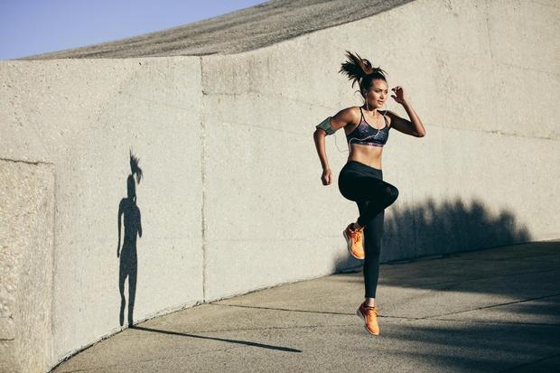 PREVEČ KARDIO VADBE Če boste večkrat tedensko izvajali naporno kardio vadbo, na primer visoko intenzivno vadbo (HIIT), ne boste opazili ...