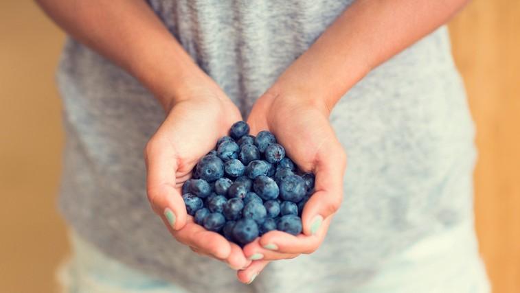 10 živil iz katerih dobite veliko energije (in lahko nadomestijo skodelico kave) (foto: profimedia)