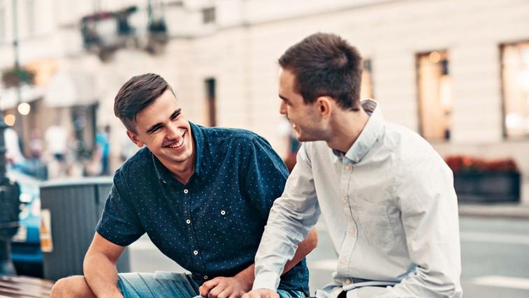 Na kaj moramo biti pozorni, ko prijateljem pripovedujemo o svojih težavah (foto: Shutterstock)