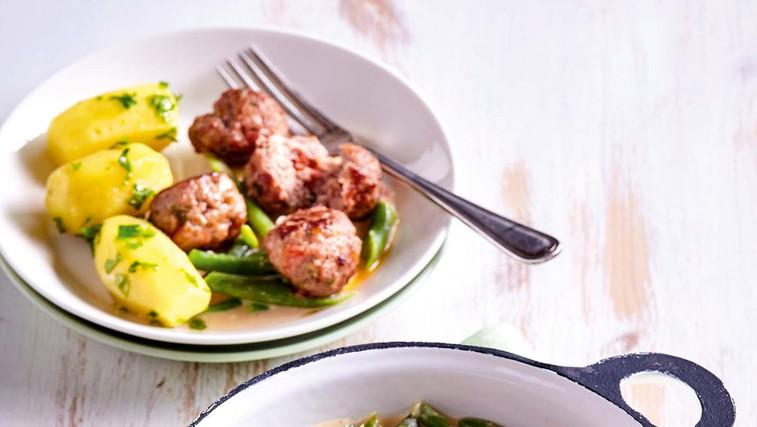 Stročji fižol v kremni omaki in z mesnimi kroglicami (foto: Profimedia)