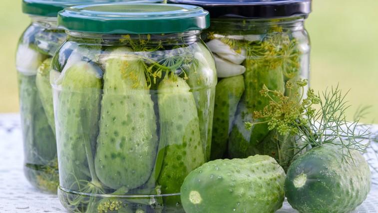 Bi morali po vadbi res piti sok vloženih kumaric? (foto: Profimedia)