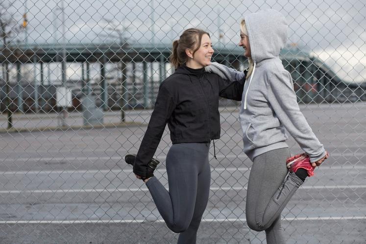 Uskladite dneve za okrevanje in naporen trening Če je vaš partner v teku malce počasnejši od vas, se na tek …