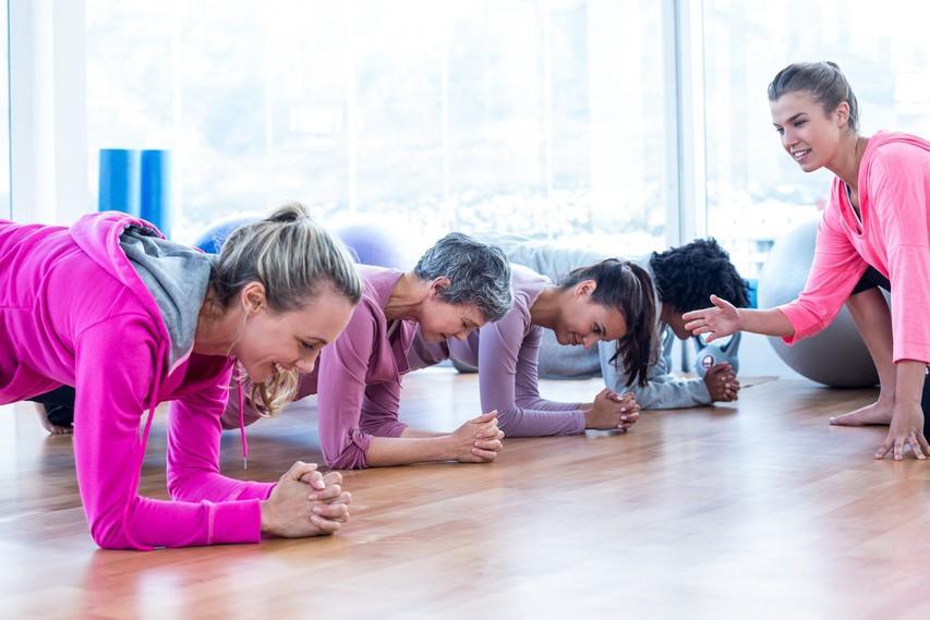 11 misli, ki se porodijo, ko znova začnete s skupinsko vadbo