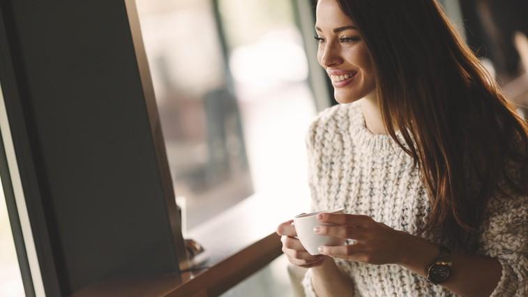 21-dnevni wellness izziv – dan 7: Ena sestavina, ki jo danes dodajte kavi (foto: Profimedia)