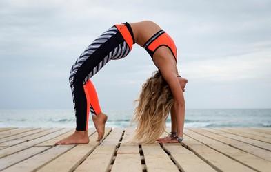 Kakšne pozitivne posledice ima na telo in misli jutranja joga?